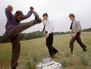 Office Space Beating Up Printer 8 Times Faxing Won Pop Culture Findafax