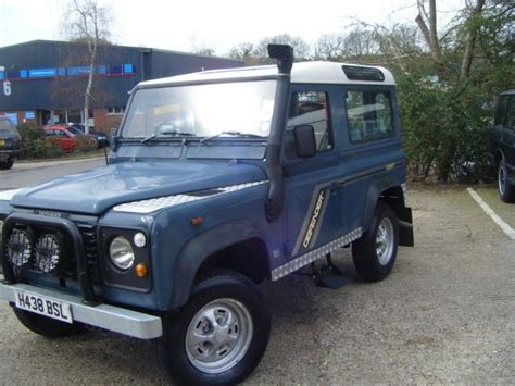 used land rover defender 90 200 tdi station wagon 7 seater