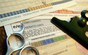 d italia conto corrente conto corrente il costo sale a 77 6 l anno meglio