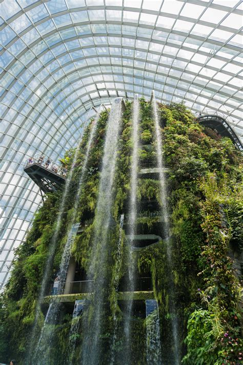 itap   worlds largest indoor waterfall  singapore