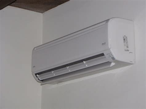 mitsubishi ductless heater ductless splits ductless heating cooling systems