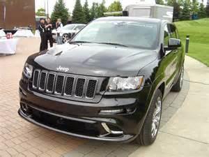 srt8 jeep dropped first drive ride jeep grand cherokee srt8 dodge