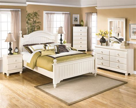 cottage bedroom set cottage retreat youth poster bedroom set from ashley b213