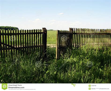 Open Trellis Fencing Open Fence Door Royalty Free Stock Images Image 2439169