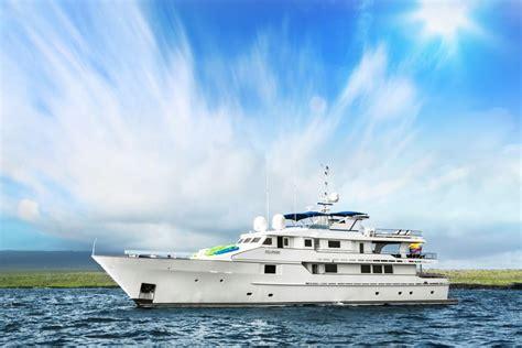 motor yacht stella maris motor yacht stella maris galapagos islands charter yacht