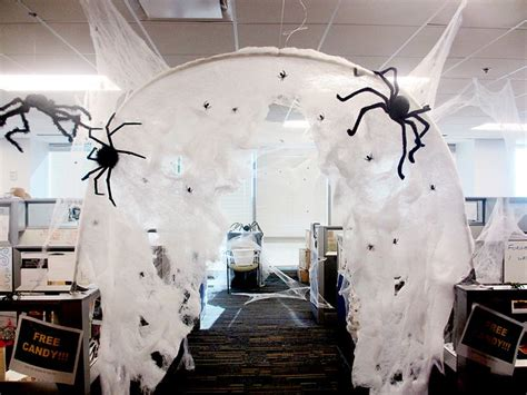 halloween themes for the office 53 best halloween office decor images on pinterest