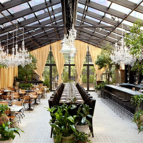 new york s chicest garden restaurants best restaurants with outdoor seating nyc
