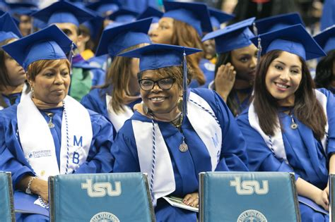 Uncf Mba Scholarship by College Graduates Must Impact Society Beyond Personal
