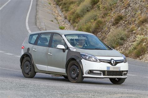 scenic renault 2017 spyshots 2017 renault scenic test mule previews much