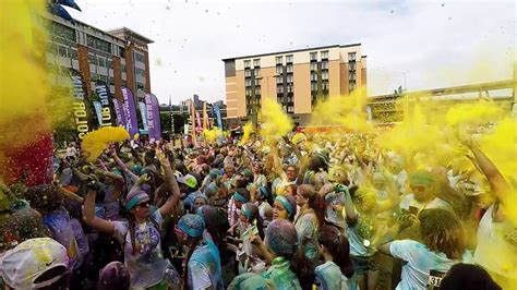 the color run pittsburgh color run pittsburgh 2016 color toss you only one
