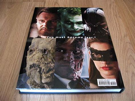 libro a knight of the the art and making of the dark knight trilogy estrenos de cine
