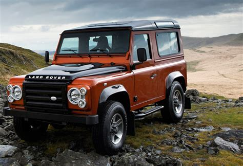 new land rover defender coming by 2015 new 2015 land rover defender may be unveiled in frankfurt