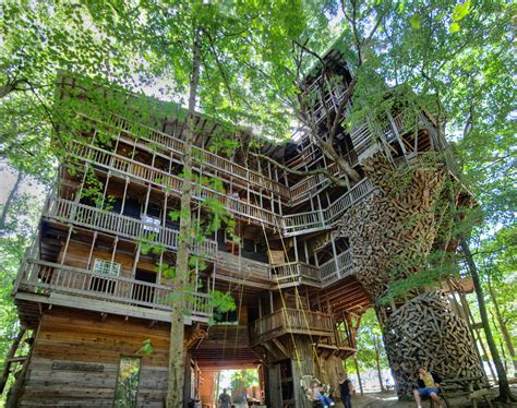 crossville tn treehouse minister s tree house crossville cumberland county tenn