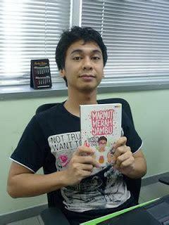 biography raditya dika raditya dika biography young writer indonesia