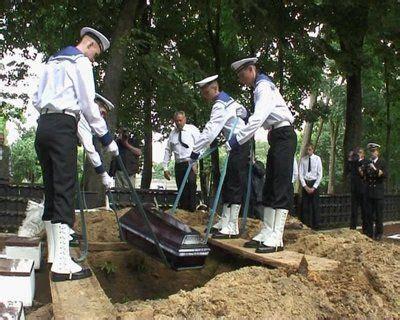 princess diana grave best 25 princess diana funeral ideas on pinterest diana