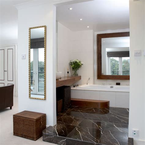 small ensuite designs home ideas home design ideas
