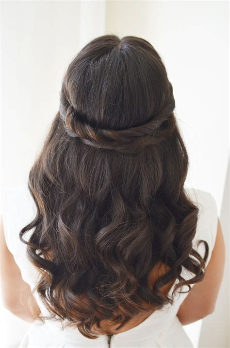 Wedding Hairstyles For Brown Hair by 6 Wedding Hair Ideas Fashionista