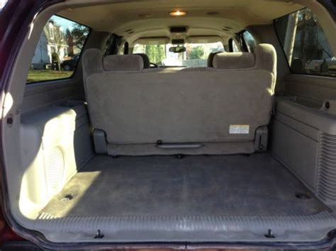 suburban bench seat find used 2004 chevy 1500 suburban 7 passenger 4x4 auto