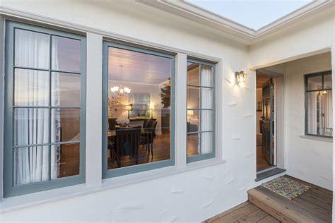 Average Living Room Window Size Prepare A Casa Para A 201 Poca Das Tempestades Ideias