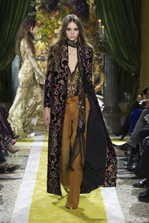 Gamis Coat Roberto Cavaly by Roberto Cavalli Autumn Winter 2016