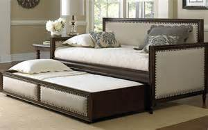 Ikea Futon Beds How To Choose Futon Sleeper Sofa Or Daybed