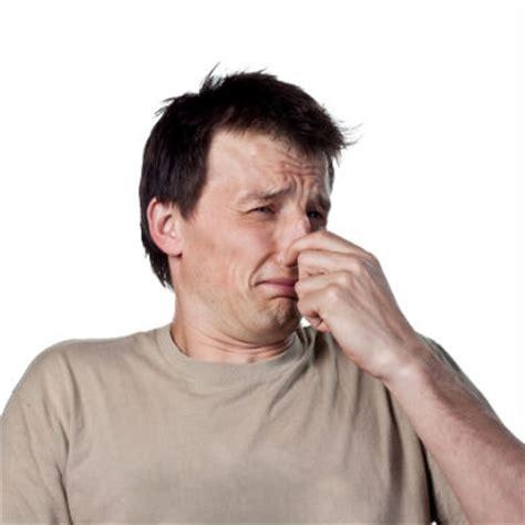 alimenti non digeriti nelle feci colite sintomi pericolo feci nere colite sintomi