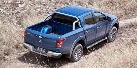 mitsubishi triton 2016 mitsubishi triton pricing and specifications photos