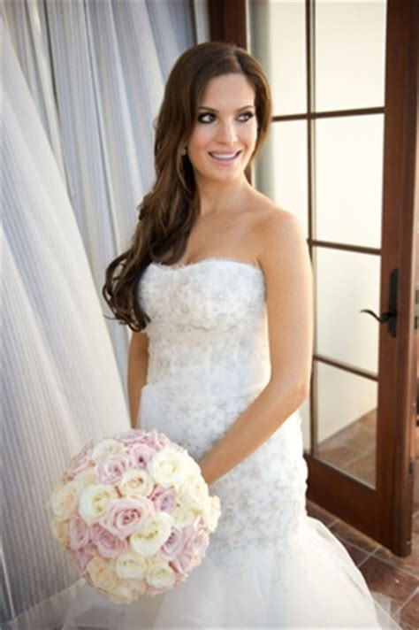 Wedding Hairstyles With A Strapless Dress by Wedding Hair How To Wear Your Hair On The Big Day