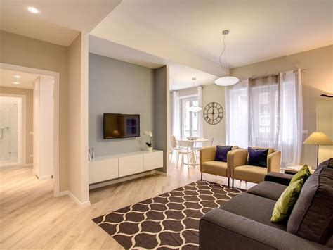spacious 3 bedroom sleeps 8 dt mtl apartments for rent spacious otto house roma ii apartment in vrbo
