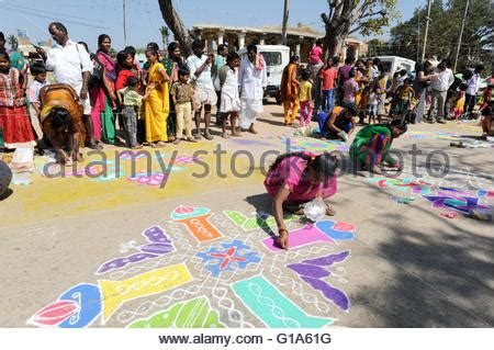 st design competition vibrant india hi india 11 january 2015 woman during a street