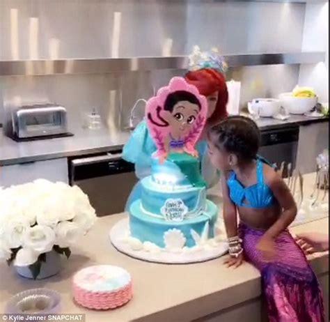 kim kardashian mermaid birthday kim kardashian reveals north loved her mermaid costume