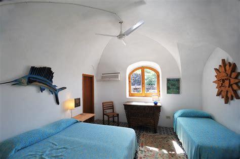 camere da letto mare mare pantelleria affitto dammusi al mare seconda