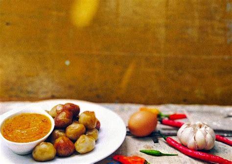 resep cilok bumbu kacang pedas oleh uly rachmawati cookpad