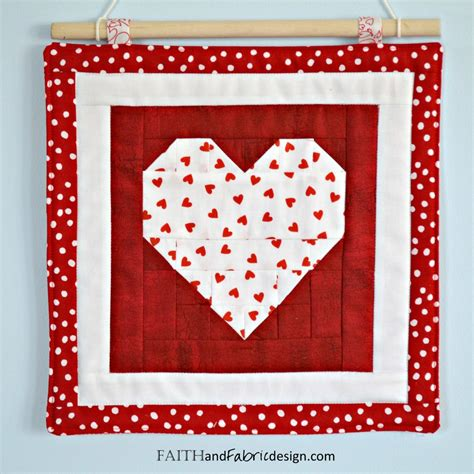 html table pattern pattern saint valentine s day quilt pattern love table