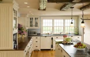 Country Kitchen Island Lighting Country Kitchen Designs With Island Ceiling Beam Wood Floor Pendant Lights Ward Log Homes