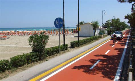 appartamenti mare alba adriatica appartamenti sul mare per affitti estivi ad alba adriatica