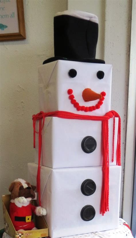 How To Make A Snowman Out Of Paper Plates - 17 best images about winter decor on