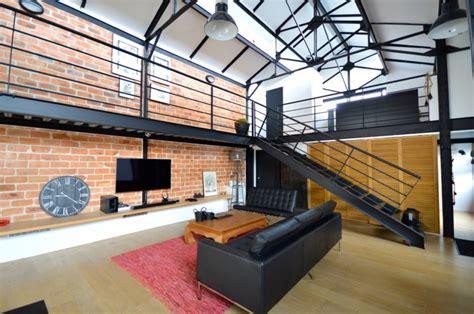 Garage Transformé En Loft by Loft Industriel Avec Piscine 224 Vendre 224 Bordeaux