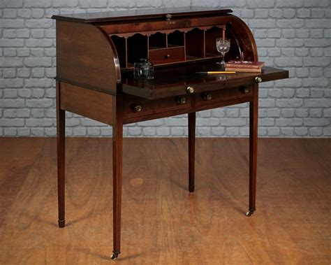Various Ideas Of Small Writing Desk For Your Comfy Home Small Writing Desk With Drawers