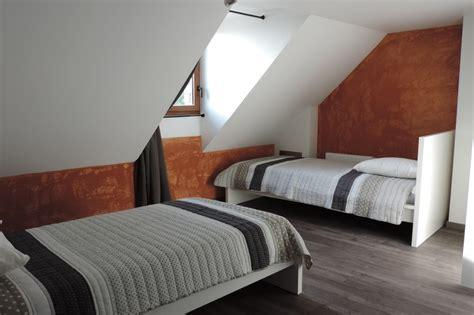 Chambre 2 Lits by Chambre N 176 3 Avec 2 Lits Simples Et Salle D Eau Privative
