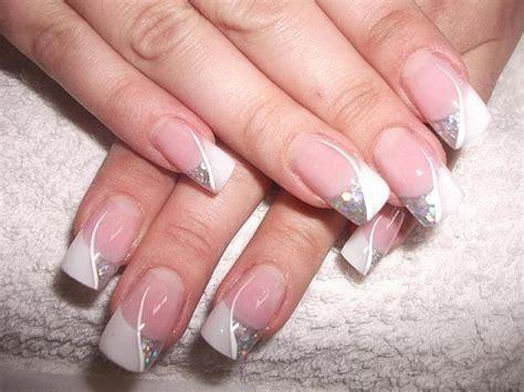 gold snowflakes pretty hands pretty feet pinterest wedding nail designs wedding nail art 2055688 weddbook