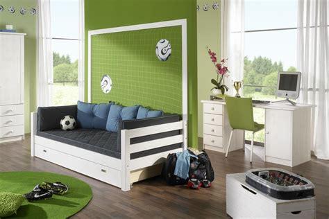 schreibtisch designermöbel wohnzimmer streichen muster