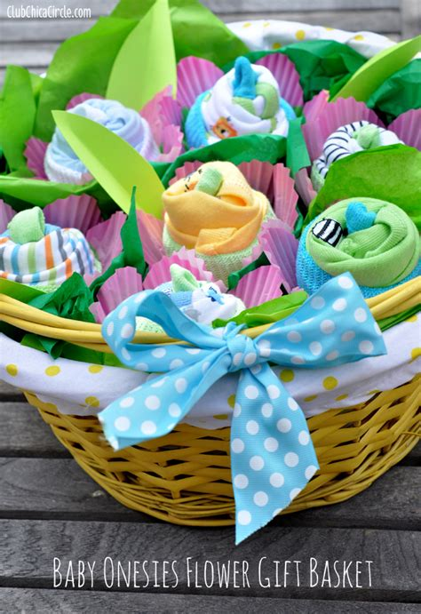 Baby Shower Gift Ideas To Make by How To Make A Baby Onesie Flower Gift Basket Club Chica