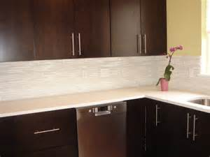 kitchen backsplash glass tile designs kitchen design with martini mosaic glass tile backsplash