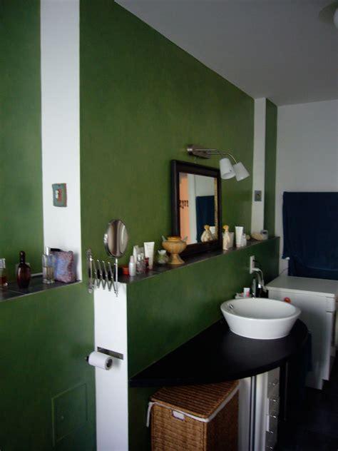 deko bad grün wohnzimmer ideen taupe