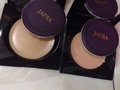 bedak jafra 2 in 1 powder untuk yang kulit mulus toko kosmetik dan suplemen