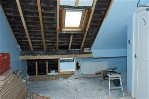 How to Repair a Roof   Homebuilding & Renovating