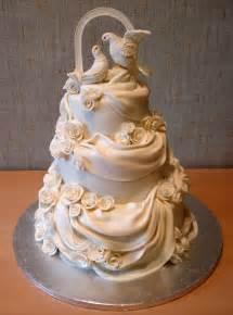 amazing wedding cakes amazing wedding cake wedding cakes
