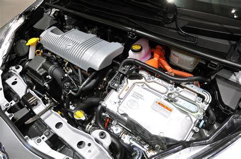 Toyota Yaris Hybrid Battery 2012 Toyota Yaris Hybrid Geneva 2012 Photo Gallery Autoblog