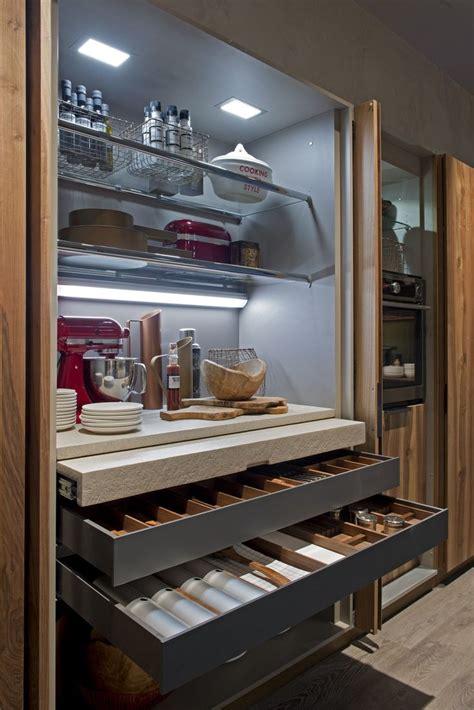 speisekammer berlin 220 ber 1 000 ideen zu speisekammer design auf